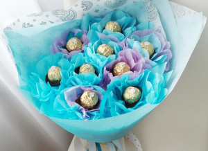 букет из конфет, подарок, подарок девушке, день рождение, доставка по киеву