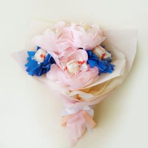 букет из конфет, сладкий подарок, необычный подарок, доставка подарков киев