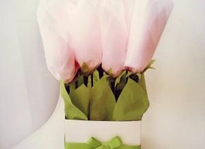 букет из конфет, сладкий букет, необычный подарок, подарок ручной работы, доставка подарков киев