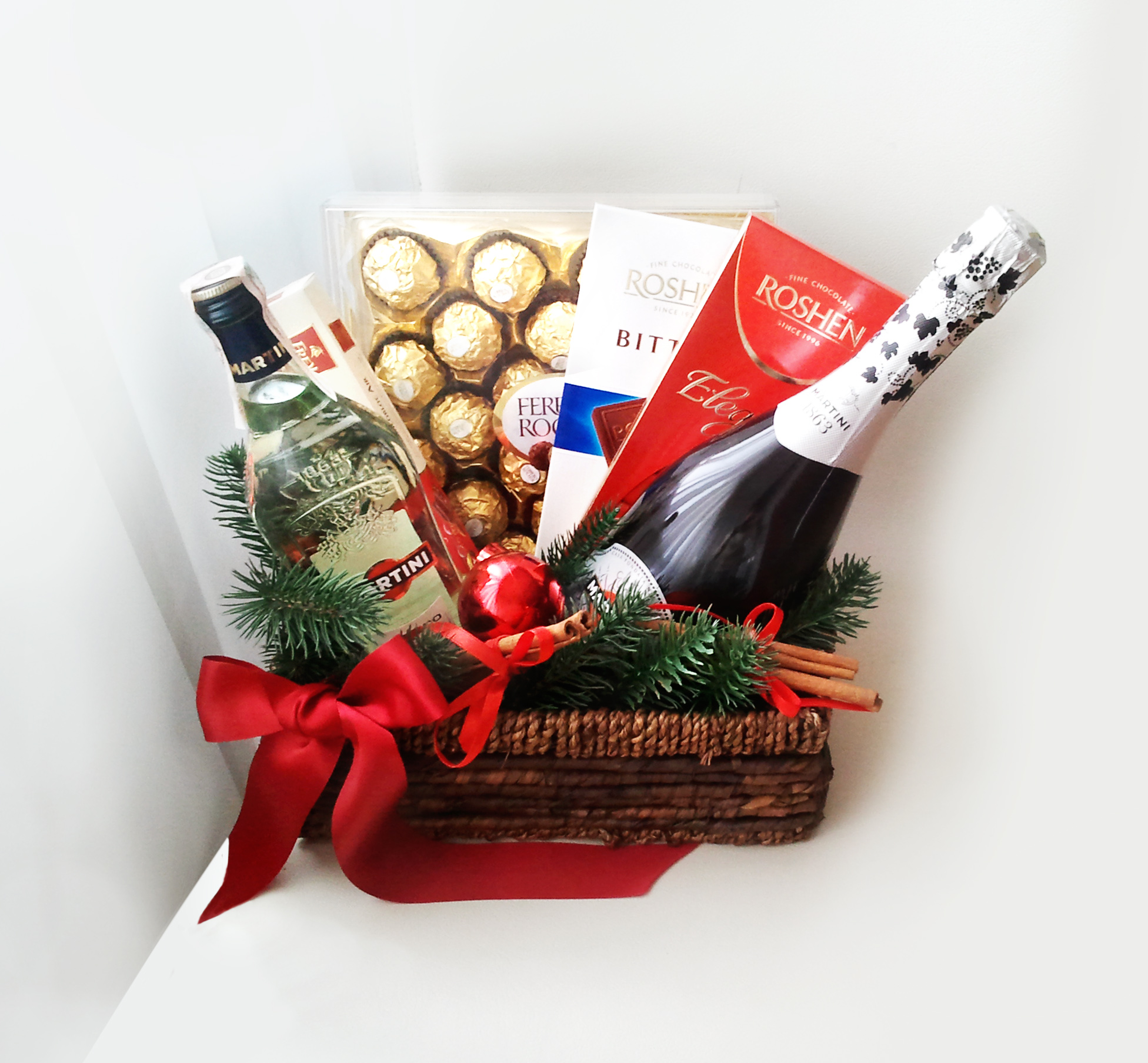 Как сделать подарок в корзине 360