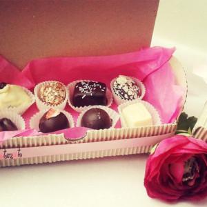 сладкие подарки, подарочные наборы, конфеты ручной работы