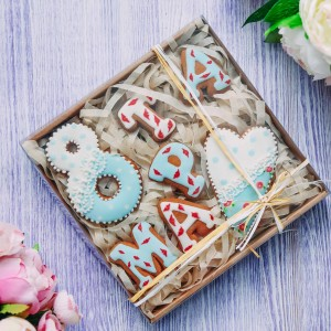 подарочный набор 8 марта с расписными пряниками