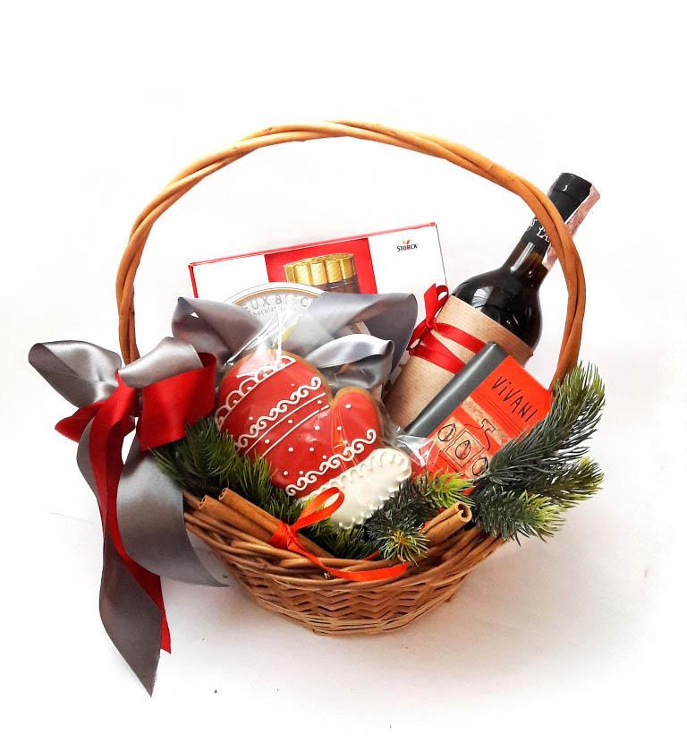 Как сделать подарок в корзине 172