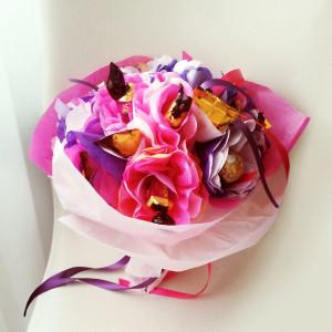 букет из конфет сладкий подарок