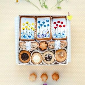 подарочный набор на 8 марта с печеньем, сладкие подарки на 8 марта