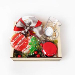 подарочный набор на Новый год, новогодний подарочный набор с пряниками, набор с вареньем, сладкие подарки на новый год