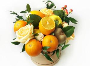 букет из фруктов и цветов, оригинальный букет, подарки на день рождения, подарок на 8 март, оригинальный букет на 8 марта