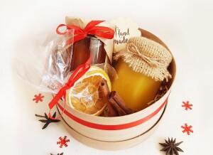 Набор с медом и вареньем