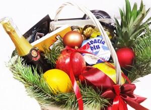 Подарочная корзина на Новый год
